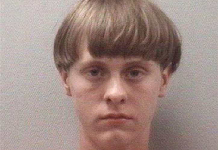 Imagen dada a conocer por el Centro de Detención del Condado de Lexington, en Carolina del Sur, de Dylann Roof. La policía identificó a Roof como el autor del tiroteo al interior de una iglesia en Charleston, Carolina del Sur en donde murieron al menos 9 personas. (Lexington County S.C. Detention Center via AP)
