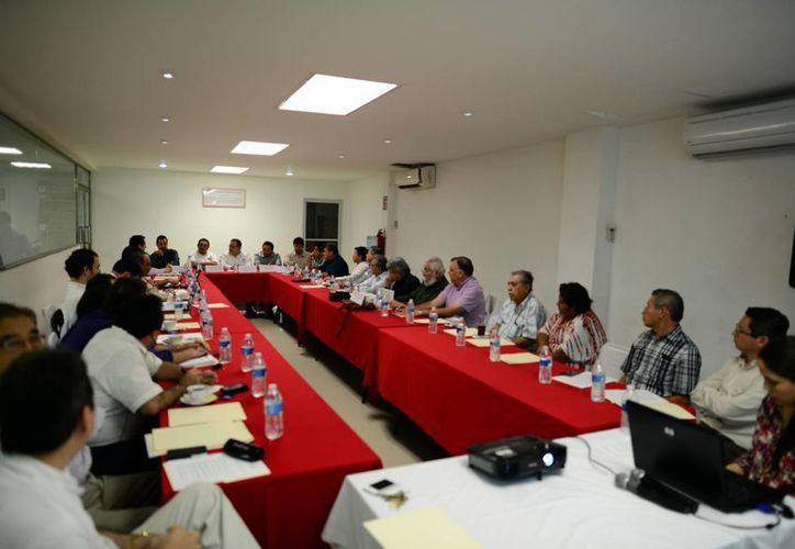 El Consejo Consultivo para la Actualización del Orden Jurídico sesionó ayer. (Luis Pérez/SIPSE)