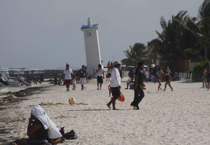 El 25 de mayo realizarán la campaña de limpieza en la playa. (Sergio Orozco/SIPSE)