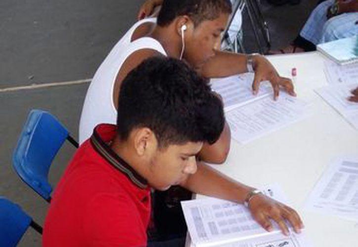 Este año el Ieeaqroo pretende alfabetizar a 5 mil solidarenses. (Daniel Pacheco/SIPSE)