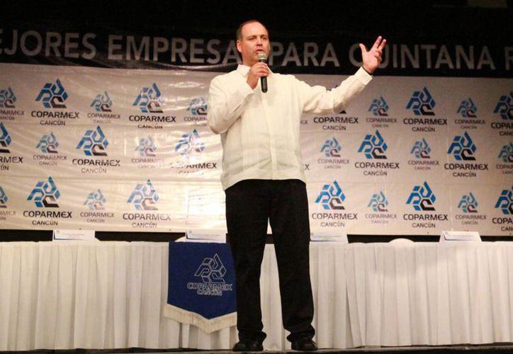 El líder nacional de la Coparmex durante un encuentro en Cancún. (Luis Soto/SIPSE)