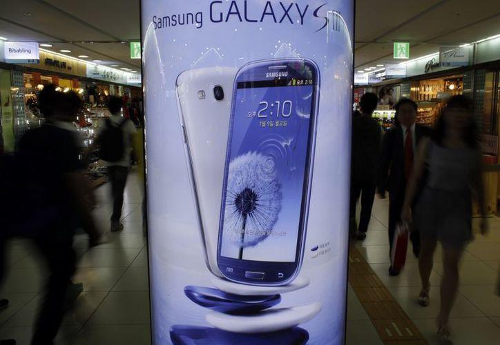 Samsung se impuso rápidamente a Apple en la venta de teléfonos inteligentes. (Archivo/Agencias)