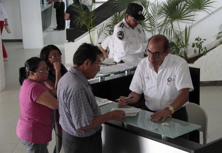 Para aliviar las quejas de los ciudadanos, se instaló el sistema de Registro Único de Personas Acreditadas. (Rupa). (Tomás Álvarez/SIPSE)