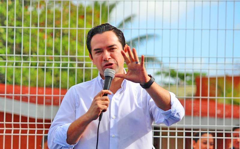 José Luis Toledo Medina viajó a Veracruz para determinar su situación como aspirante a la presidencia de Benito Juárez. (Foto: Redacción/SIPSE).