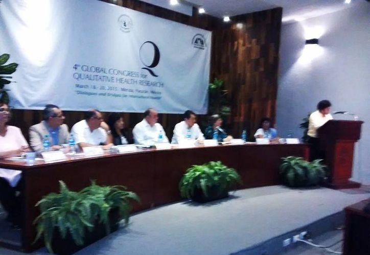 El Congreso Global de Investigación Cualitativa en Salud incluye 140 ponencias orales, 38 carteles, 22 mesas de trabajo, 8 talleres, 3 conferencias magistrales y 2 sesiones plenarias. (Joel González/SIPSE)