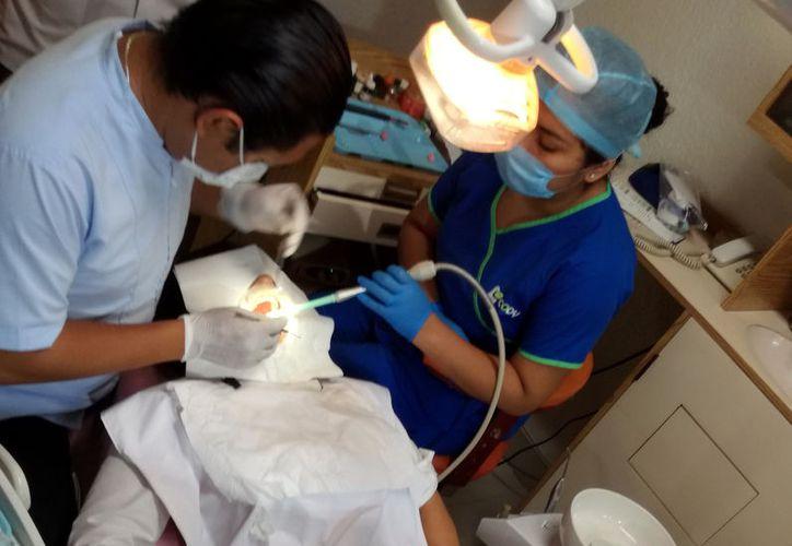 En algunas clínicas de Mérida, además de que los pacientes extranjeros son atendidos en su idioma, todos los servicios cuentan con certificación internacional. (Foto: Milenio Novedades)