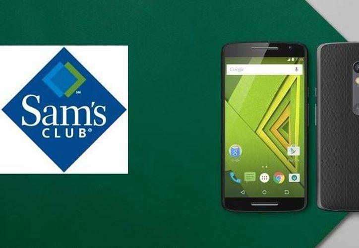 La cadena de tiendas estadounidense, Sam's Club, sacará a la venta el smarthpone  Motorola Moto X Play, el cual tendrá la característica de estar desbloqueado con el objetivo de que el usuario utilice su compañía telefónica preferida. (Especial)