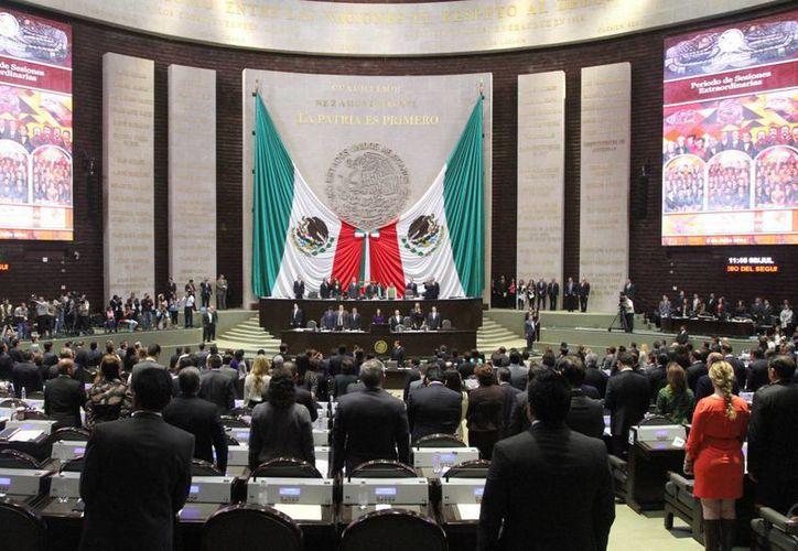 Votaron en contra de la ley en telecomunicaciones 129 diputados. (Notimex)