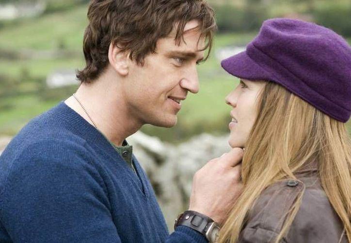 'Posdata: Te amo' es una película de 2007 dirigida por Richard LaGravenese; una excelente opción para disfrutar con tu pareja este 14 de febreo. (Imagen tomada de www.fansshare.com)