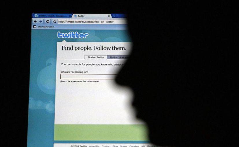Twitter estima contar con unos 200 millones de usuarios mensuales. (EFE)