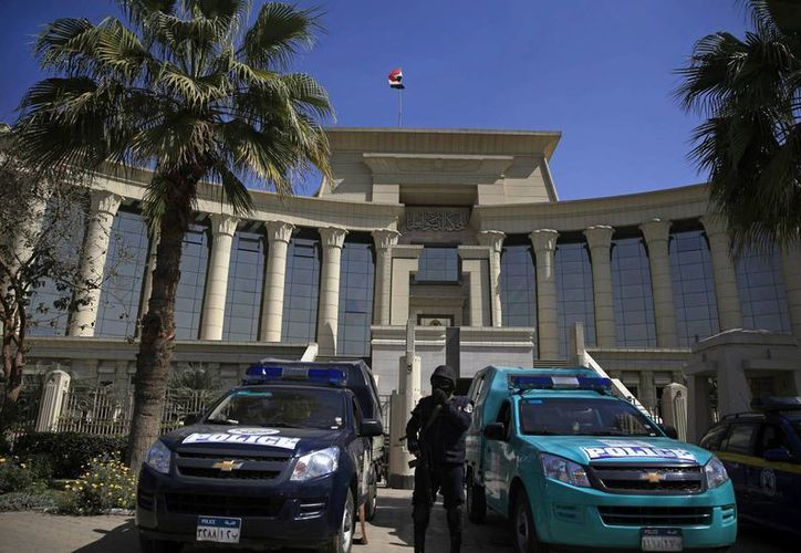 La resolución del Tribunal Supremo egipcio obliga a retrasar las elecciones legislativas programadas para el 22 y 23 de marzo. (AP)