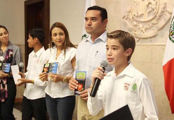 Los estudiantes del Cumbres eligieron la obesidad infantil porque México, y especialmente Yucatán, están en los primeros lugares de esa enfermedad a escala mundial. (Cortesía)