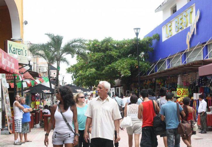 El incremnto del IVA afecta en la llegada de los turistas. (Loana Segovia/SIPSE)