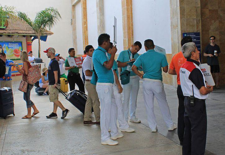 Hasta el momento, se han detectado 100 boletos de transporte falsos. (Foto: Jesús Tijerina/SIPSE)