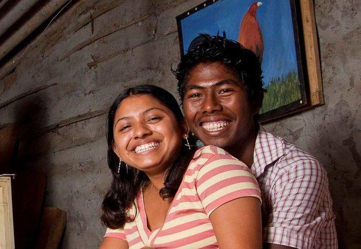 Un 6.2 por ciento de mexicanos encuestados admitió lavarse los dientes solamente una vez al día. (Archivo/Notimex)