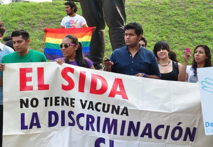 En México, el paciente ahora participa en las políticas públicas para promover la inclusión de múltiples actores y disminuir las iniquidades, señala Censida. (Archivo Notimex)
