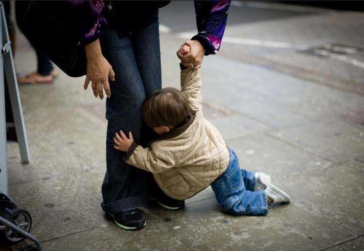 Si los padres no son firmes, en el futuro tendrán hijos groseros y chantajistas. (Contexto/SIPSE)