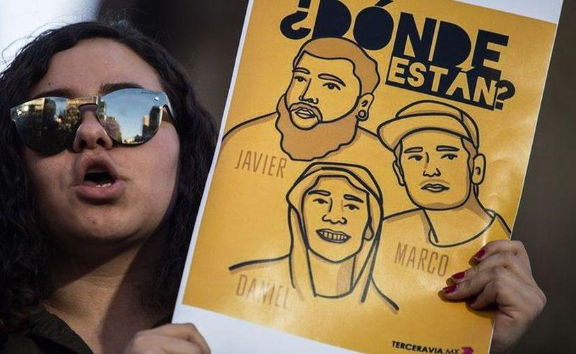 La Fiscalía de Jalisco confirmó hoy que los tres universitarios fueron golpeados, asesinados y desintegrados en ácido. (Cuartoscuro)