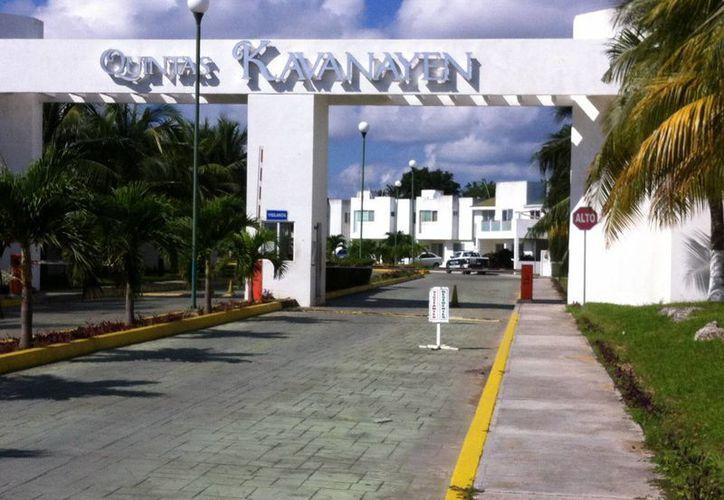 Se escucharon balazos en el fraccionamiento Quintas Kavanayen, Cancún. (Pedro Olive/SIPSE))