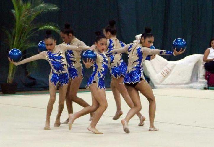 Yucatán ganó 18 medallas en Gimnasia Rítmica en la Olimpiada Nacional. De las 20 disponibles en oro, se llevó la mitad y ocupó el primer puesto del medallero general en ese deporte. (Foto de archivo de Milenio Novedades)