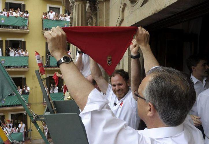 Más de dos mil periodistas de todo el mundo se encuentran cubriendo los Sanfermines, una de las fiestas más populares de toda España. (EFE)
