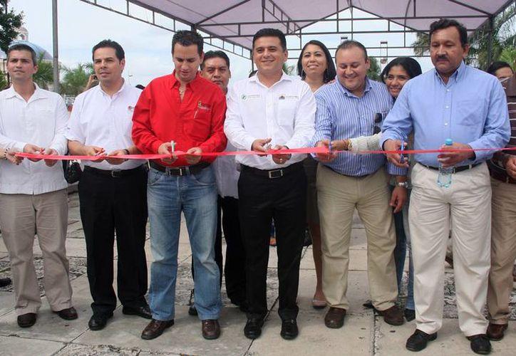 Las autoridades inauguraron la Quinta Jornada Estatal por el Empleo. (Cortesía/SIPSE)