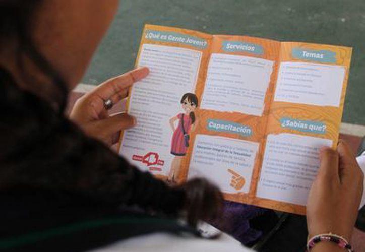 Los jóvenes recibieron mucha información en pro de la salud. (Consuelo Javier/SIPSE)