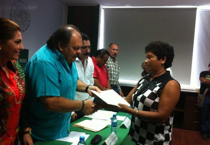 El dinero es para 71 mujeres y 39 hombres, a través del Fondo para Apoyo a Proyectos Productivos en Núcleos Agrarios. (Gerardo Amaro/SIPSE)