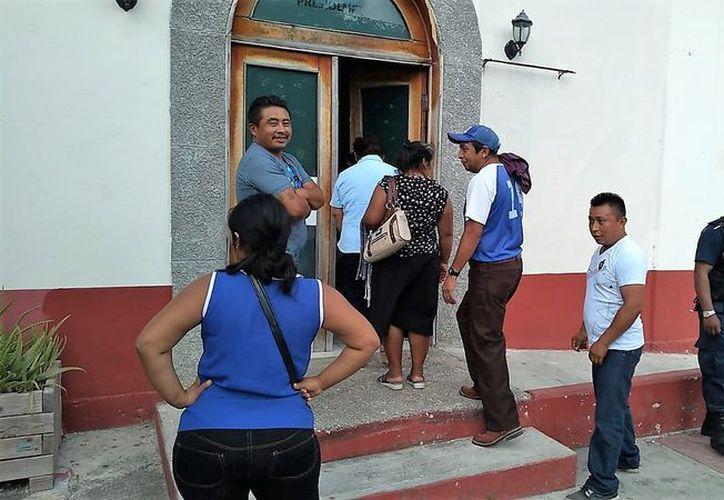 Habitantes de la comunidad Nuevo Jerusalén se quejan de quién ganó la elección a delegado municipal. (Javier Ortiz/SIPSE)