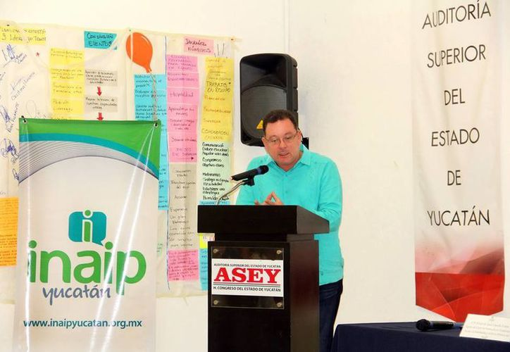 El Instituto Estatal de Acceso a la Información Pública impartió un curso a la Auditoría Superior del Estado de Yucatán para capacitarlos sobre cómo cumplir con la nueva ley, en la rendición de cuentas. (Milenio Novedades)
