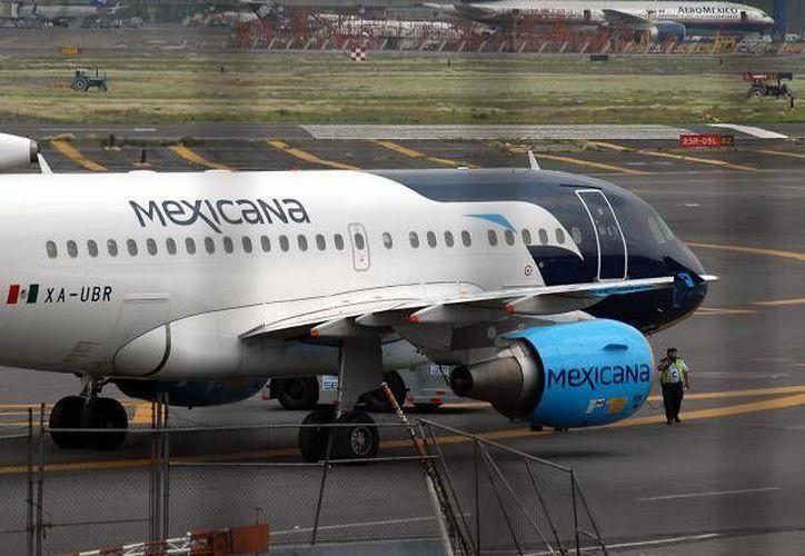 Esperan que los interesados demuestren que tienen el dinero para que Mexicana pueda salir adelante. (Archivo/Notimex)
