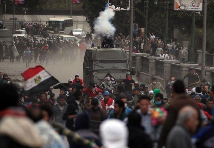 Hay al menos 60 muertos en la primera semana de disturbios. (Agencias)