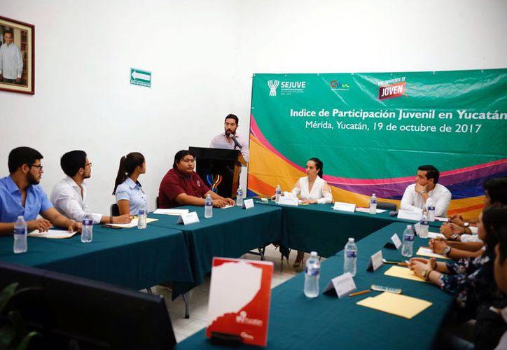 Constantemente se observa en la Entidad la participación de jóvenes en diversos proyectos en beneficio de la sociedad. (Foto: Milenio Novedades)
