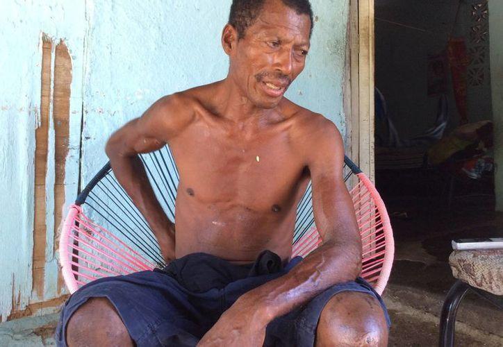 Raymundo se encontraba a seis millas náuticas del puerto de Acapulco, pero las autoridades lo estaban buscando más lejos. (Notimex)