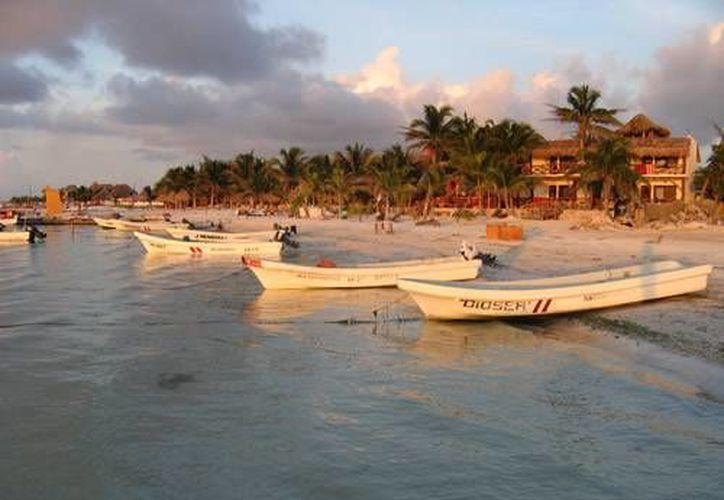 La Comisión Permanente pidió a diversas entidades federales emitir un informe en pos de regularizar la situación ecológica y jurídica de la isla de Holbox. (Foto de contexto/Internet)
