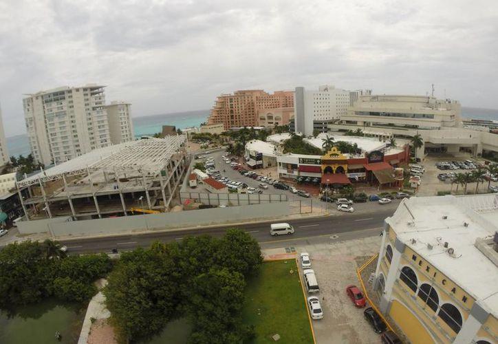 Entra en modificación la infraestructura hotelera de Punta Cancún. (Israel Leal/SIPSE)
