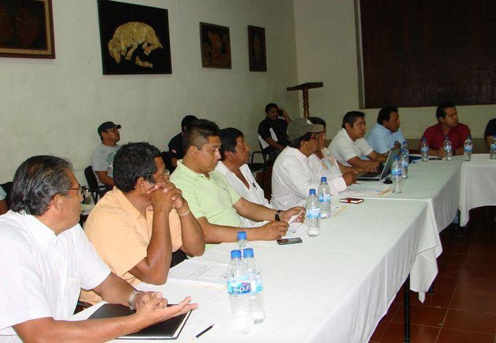 Miembros del Consejo de Desarrollo Rural Sustentable escucharon la petición, pero no se comprometieron. (Manuel Salazar/SIPSE)