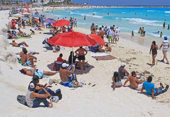 Los destinos de Quintana Roo esperan turistas extranjeros y nacionales.  (Jesús Tijerina/SIPSE)