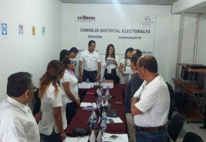 En los comicios electorales participarán cinco consejeras y seis representantes de partidos políticos. (Daniel Pacheco/SIPSE)