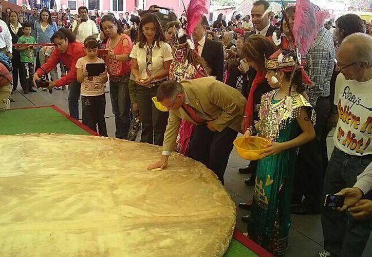 La tortilla 'será como un calendario azteca'. (Twitter.com/@Pablo_Basanez)