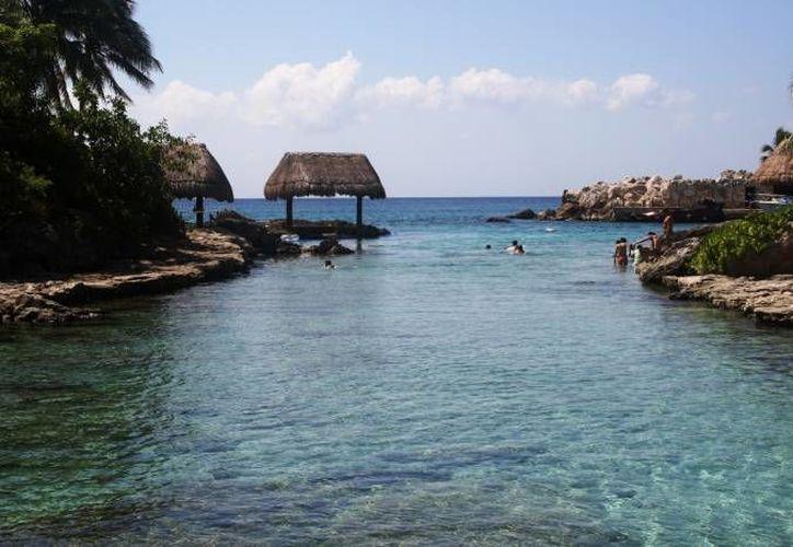 El grupo visitará los parques Xel-Há, Xcaret, el acuario en plaza La Isla, en Cancún, y la zona arqueológica de Cobá. (Redacción/SIPSE)