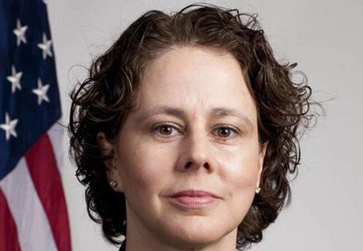 Cecilia Muñoz influyó para que Obama girara el año pasado una orden ejecutiva que previno la deportación de miles de jóvenes indocumentados. (chron.com)