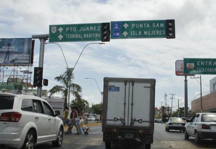 Se realizaron obras carreteras hacia Punta Sam. (Archivo/SIPSE)