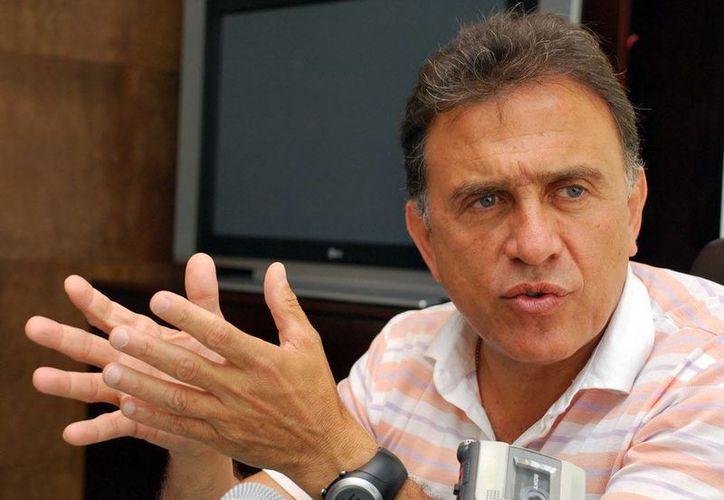 Miguel Ángel Yunes Linares busca la candidatura a diputado local en Veracruz por Acción Nacional. (Notimex)