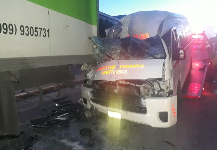 Los conductores llegaron a un acuerdo para el pago de daños, por medio de sus aseguradoras. (Foto: Redacción/SIPSE)