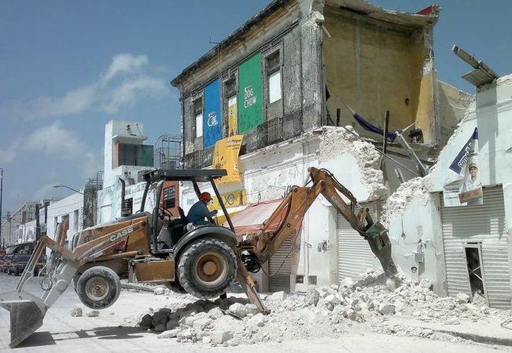 El Ayuntamiento de Mérida reportó que son 500 los edificios antiguos con algún deterioro, entre ellos coloniales e históricos, de los cuales 30 están por perderse. (SIPSE)