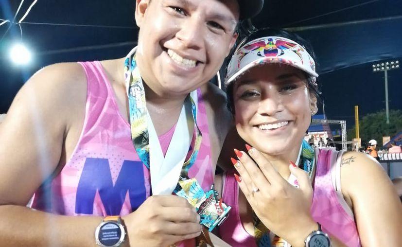Carlos y Sandra decidieron comprometieron en matrimonio. (Ángel Villegas/SIPSE)