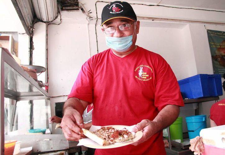 Daniel Fajardo, uno de los restauranteros que estará en la Semana de Yucatán. (Jorge Acosta/Milenio Novedades)