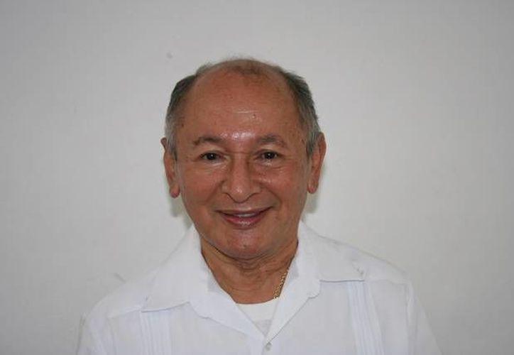El sacerdote Fernando Escobar Fajardo falleció en Mérida, a los 82 años de edad. (iglesiaenyucatan.org)