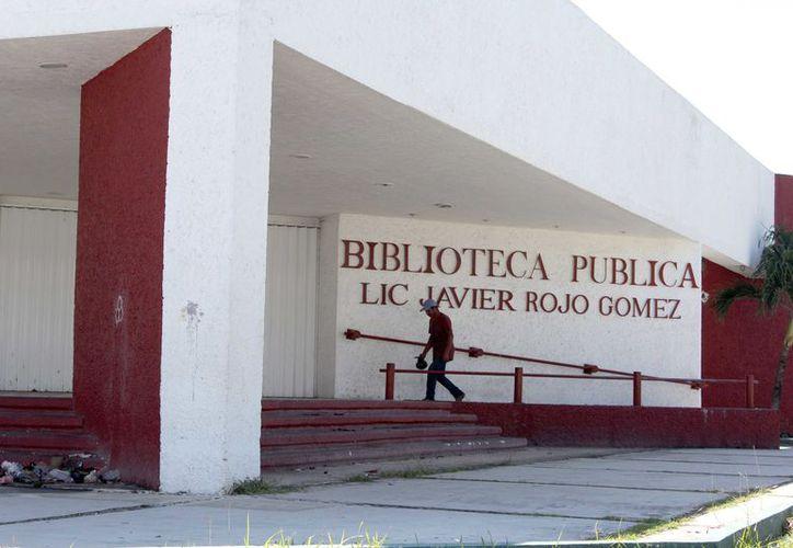 Ya gestionaron ante la Federación un primer acervo bibliográfico que constará de 14 mil libros para acondicionar lo que será la Biblioteca Central de manera provisional. (Joel Zamora/SIPSE)